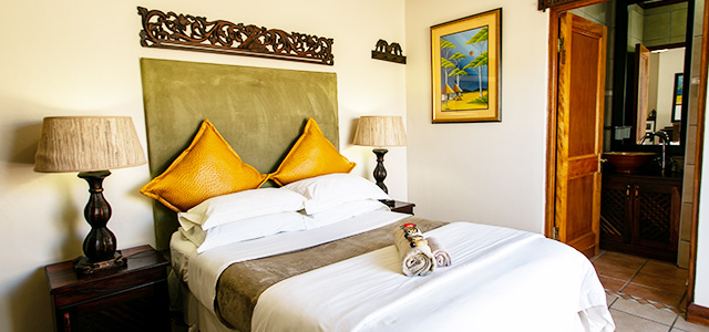FT-Room-05: Royl Court Guesthouse, Luxury Accommodation in Kimberley