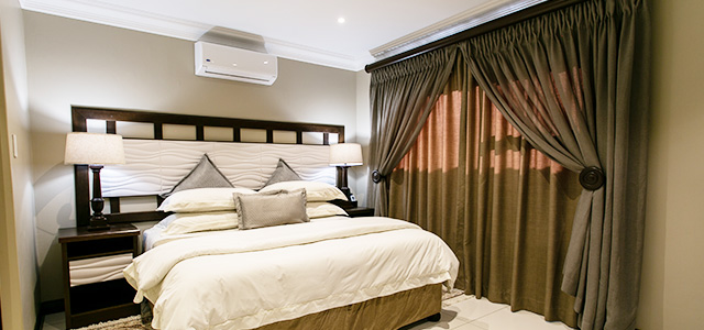 FT-Room-23: Royl Court Guesthouse, Luxury Accommodation in Kimberley