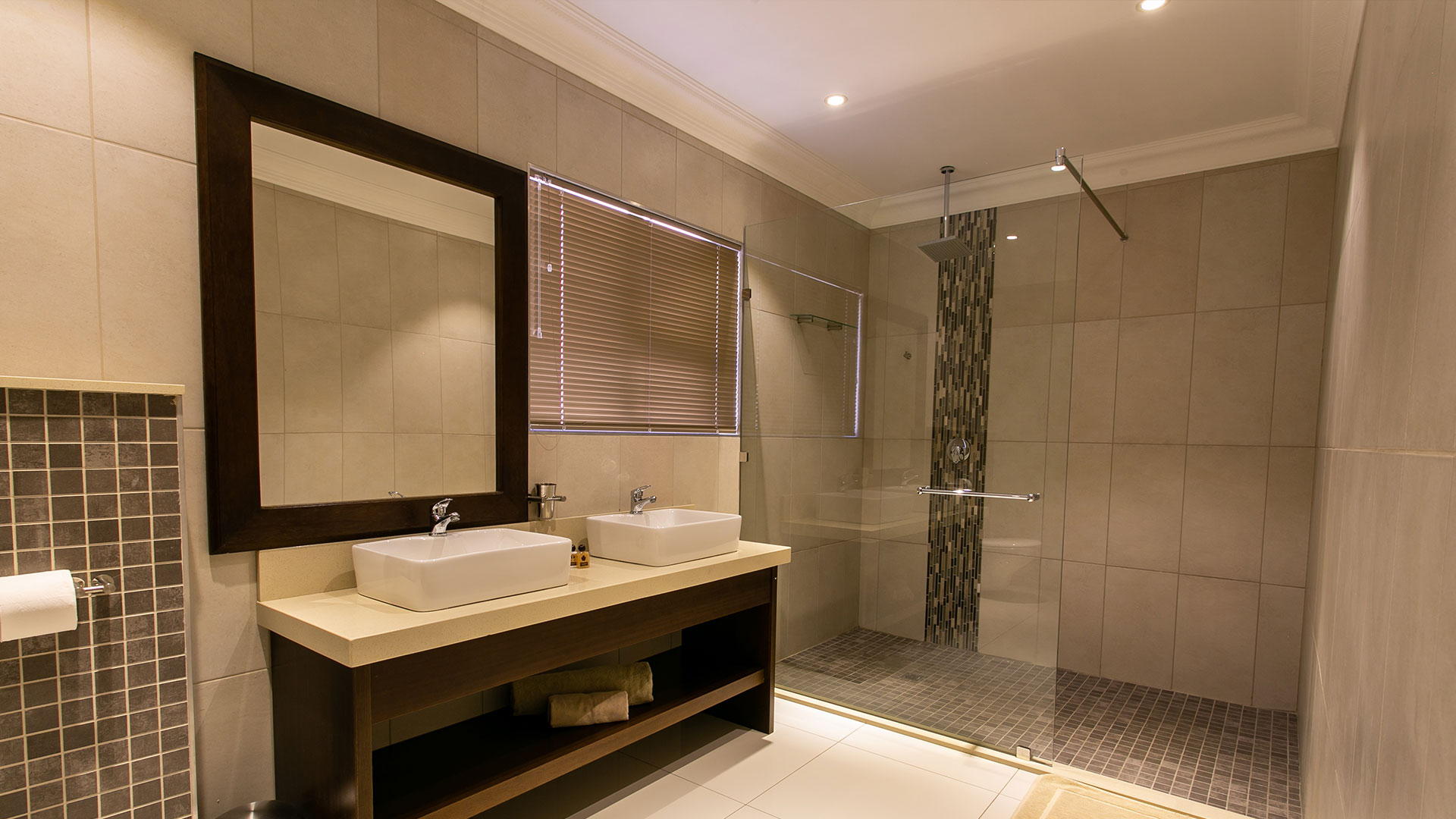 SLIDER Pic 06: Royl Court Luxury Guesthouse in Kimberley